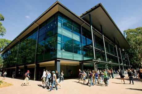 Cơ hội học tập và học bổng ngành Kỹ thuật tại Đại học Wollongong, Úc