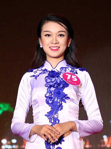 Gương mặt Nguyễn Vân Anh có nhiều nét hao hao hotgirl wushu Vũ Thùy Linh