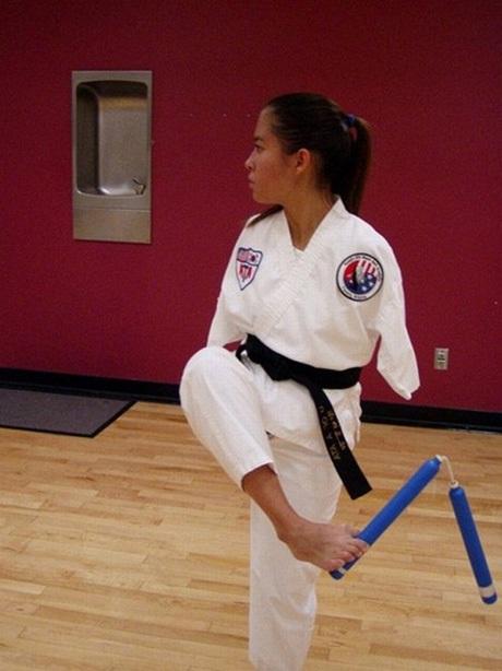 Và giành được đai đen taekwondo.