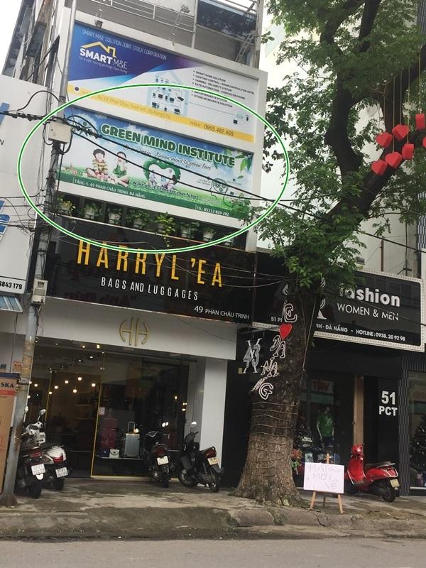 Bảng hiệu chi nhánh của Geen Mind quảng cáo lớp kích hoạt não vẫn trưng ở chi nhánh Đà Nẵng (ảnh chụp ngày 9/12)