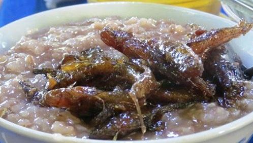 Cháo gạo đỏ cá bống thệ - món ngon của Huế