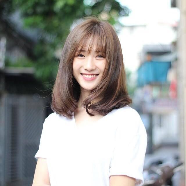 Nét xinh xắn của cô nàng còn được nhiều bạn trẻ ví von với Yoona – biểu tượng nhan sắc của nhóm nhạc nữ Hàn Quốc đình đám SNSD.