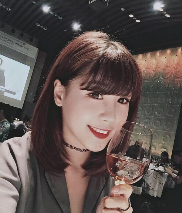 Lê Thùy Linh - cô gái gây sốt với clip chơi đàn bầu