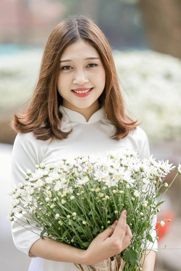Trần Ngọc Anh - Hoa khôi trường Đại học Khoa học xã hội và nhân văn