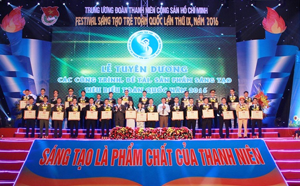Lễ tuyên dương các công trình, sản phẩm sáng tạo trẻ tiêu biểu toàn quốc năm 2016
