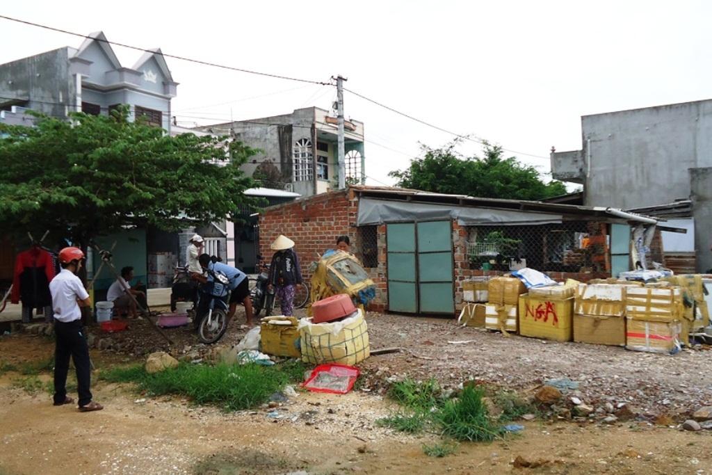 UBND huyện Tuy Phước chỉ đạo kiên quyết xử lý 2 cơ sở sơ chế thủy sản gây ô nhiễm