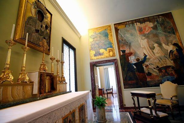 Một góc phòng bên trong biệt thự Castel Gandolfo.