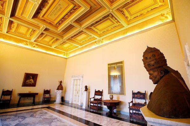 Những kiến trúc độc đáo bên trong biệt thự dành riêng cho các giáo hoàng.