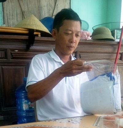 Ông Lê Nhớ Thương, Trưởng thôn Nam Lãnh