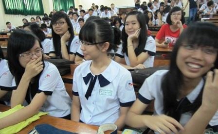 Giáo dục giới tính ở trường: Thầy cô cũng… lúng túng