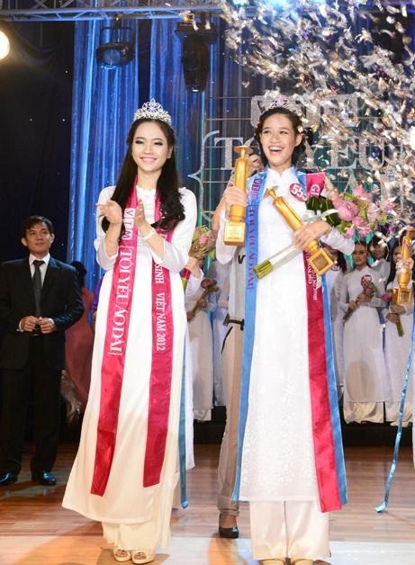 Cô gái có chiều cao 1,78 Nguyễn Trần Khánh Vân đăng quang Miss Áo dài Nữ sinh Việt Nam 2013.