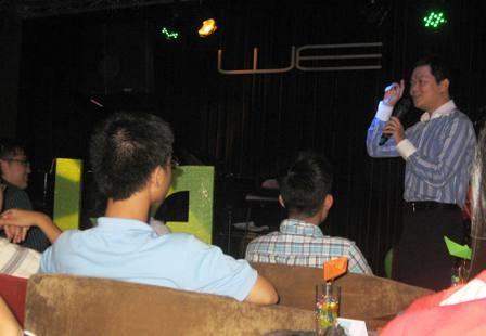 Hiện nay anh Nguyễn Chí Hiệu đang làm việc tại Việt Nam về lĩnh vực giáo dục