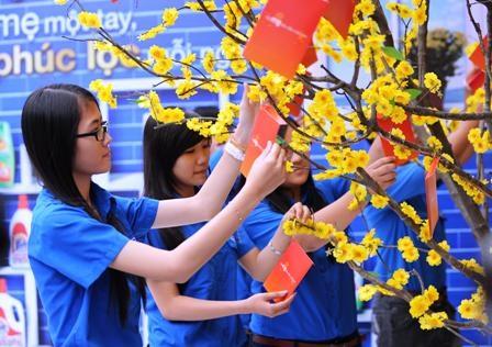 Sinh viên tại TPHCM chia sẻ lời hứa của mình đến với mẹ trên cây mùa xuân