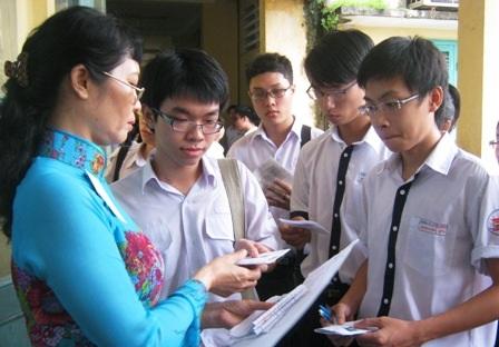 Thi cử đang là một áp lực rất lớn cho học sinh ở Việt Nam.