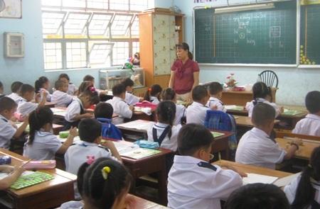 Nhà trường không thể làm thay việc của phụ huynh trong giáo dục con trẻ