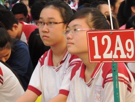 Việc cử nhân ra trường khó xin việc tác động lớn đến tâm lý chọn ngành nghề của học sinh