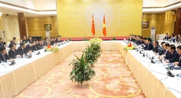 Phó Thủ tướng, Bộ trưởng Ngoại giao Phạm Bình Minh tại phiên họp (Ảnh Hữu Nghị)