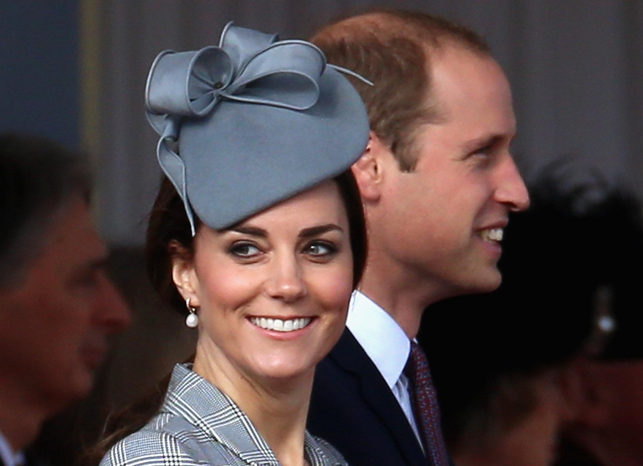 Hoàng tử William và công nương Catherine (Ảnh AFP)