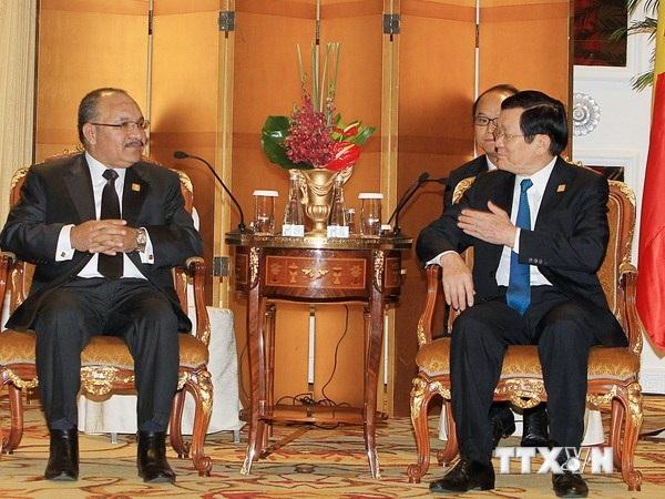 Chủ tịch nước tiếp xúc lãnh đạo nhiều nước bên lề Hội nghị APEC