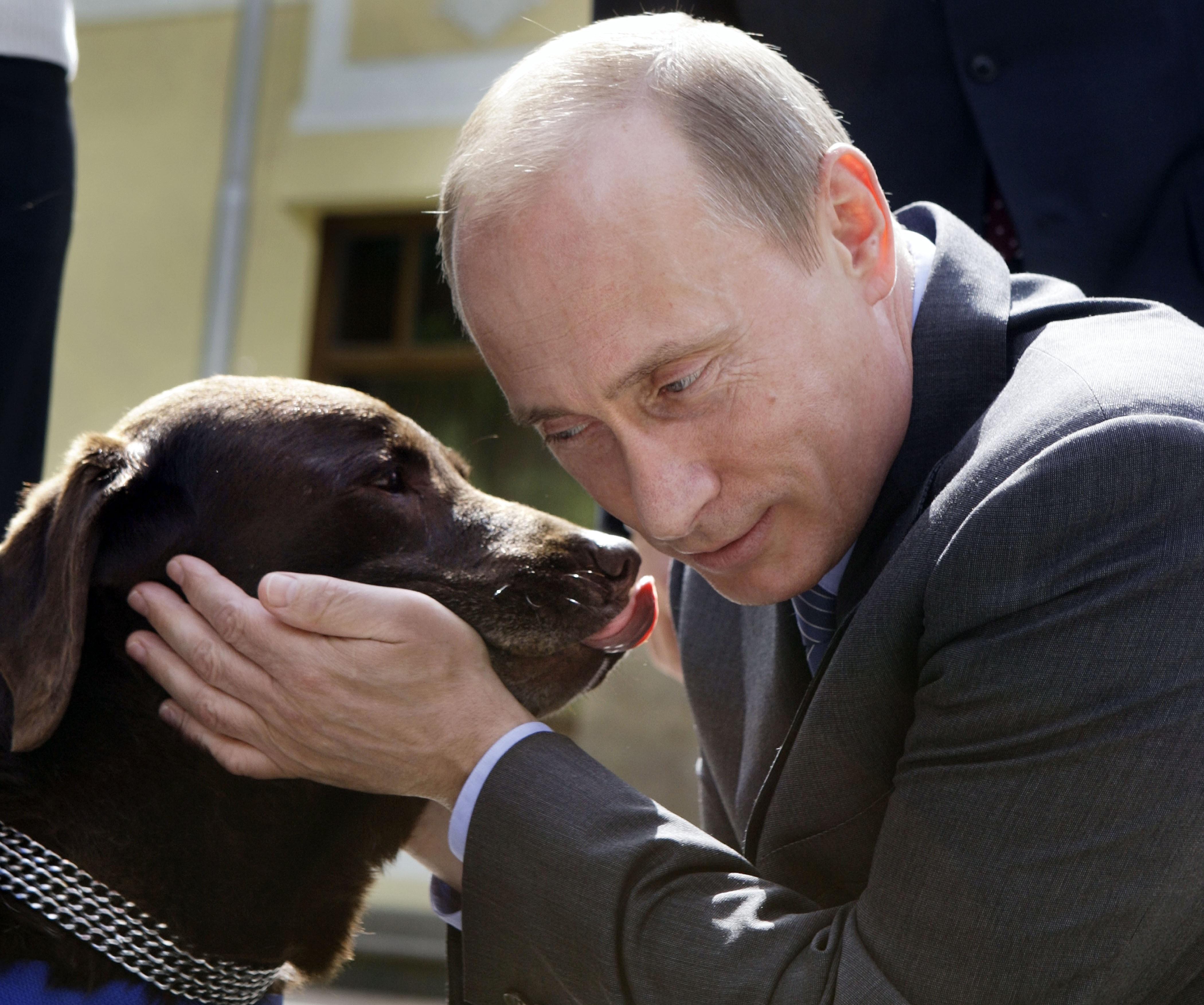 Ông Putin thích đọc tiểu thuyết trinh thám.
