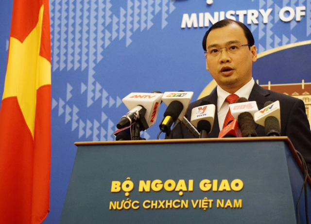 Người phát ngôn Bộ Ngoại giao Việt Nam Lê Hải Bình tại cuộc họp báo chiều ngày 16/4 (Ảnh: Hữu Nghị)