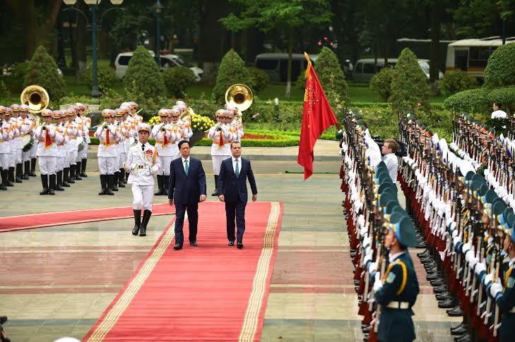 Một ngày bận rộn của Thủ tướng Nga tại Hà Nội
