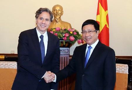 Thứ trưởng Ngoại giao Mỹ thăm Việt Nam