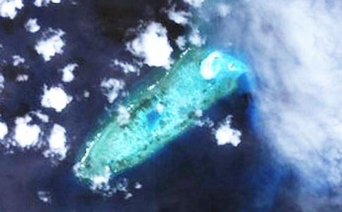 Trung Quốc đã biến đá Chữ Thập thành đảo lớn nhất Trường Sa