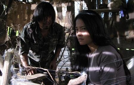 Cảnh trong phim Những đứa con của làng