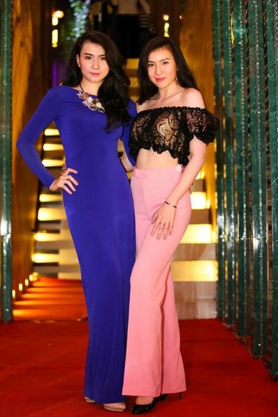 Hai chị em người mẫu Huyền Thư