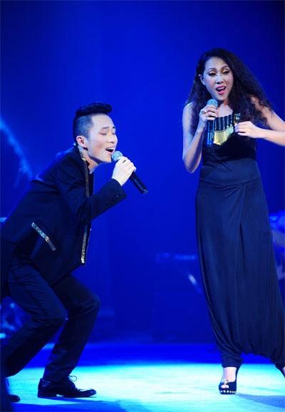 Tùng Dương- Nguyên Thảo luôn kết hợp ăn ý trên sân khấu