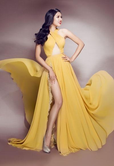 Người đẹp lộng lẫy trong trang phục NTK Lê Thanh Hòa
