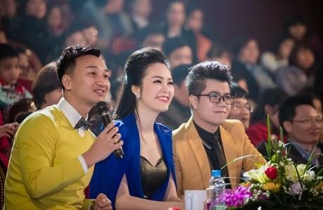 Được mời làm giám khảo cùng Á hậu Thụy Vân còn có nghệ sĩ hài- MC Thành Trung, ca sĩ Đinh Mạnh Ninh