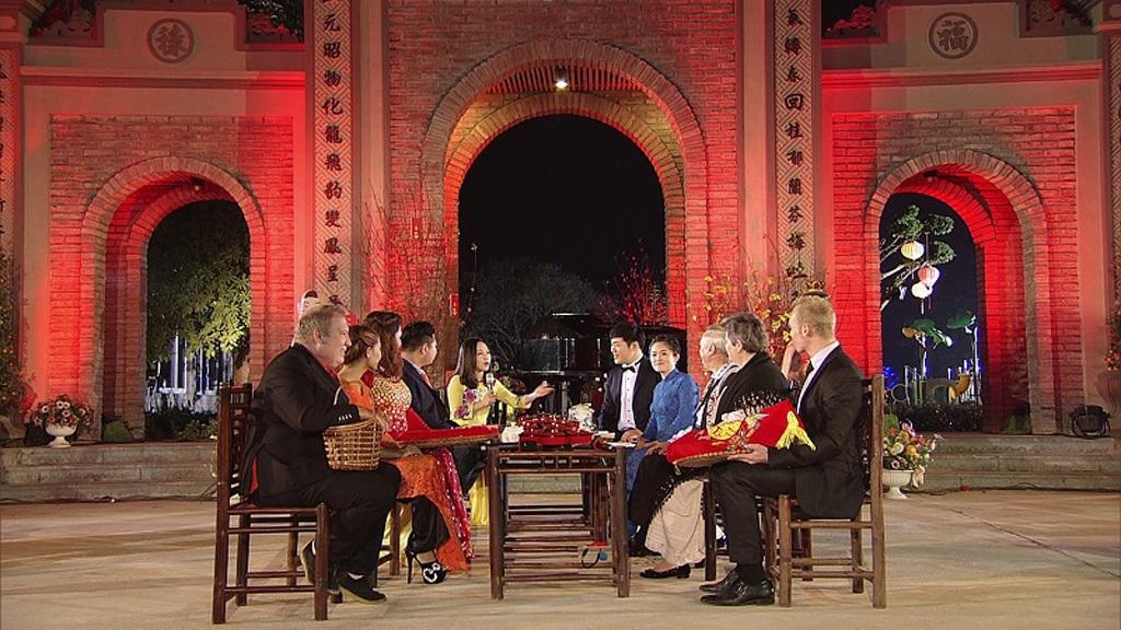 Các vị khách mời trong chương trình Ăn Tết Việt