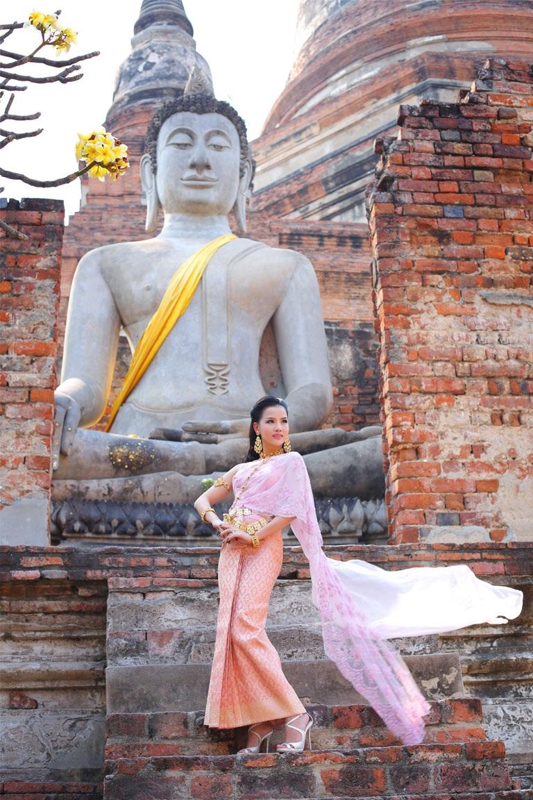 <b style=mso-bidi-font-weight: normal>Hà Thanh