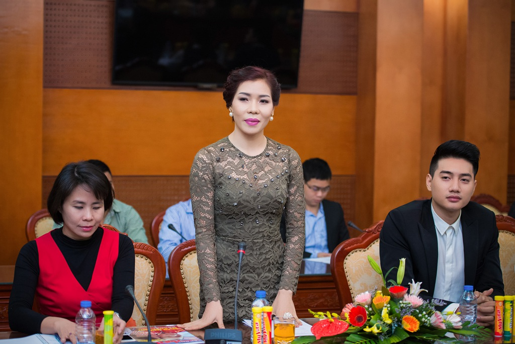 Cựu vận động viên Vũ Thị Hương chia sẻ, giao lưu tại sự kiện