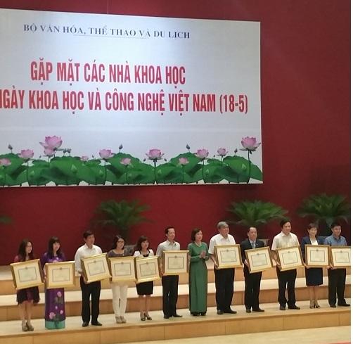 NSND Trung Kiên được Bộ VH,TT&DL vinh danh