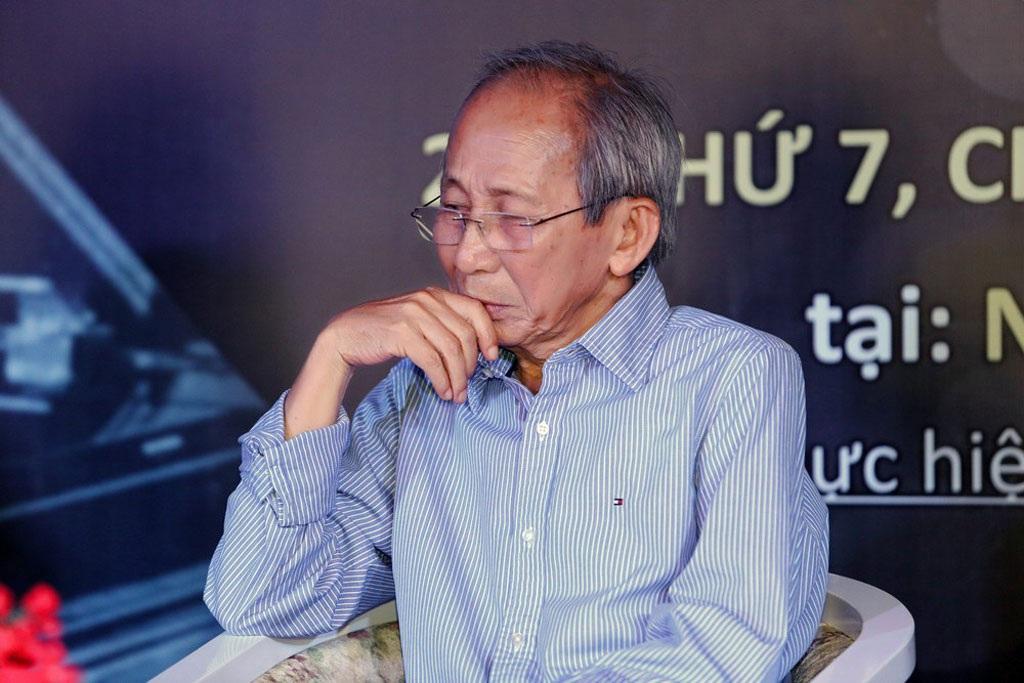 Nguyễn Ánh 9 cho biết, giờ người ông chỉ còn da bọc xương