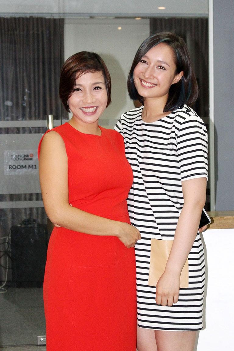 Mỹ Linh và con gái, ca sĩ trẻ Anna Trương tại buổi họp báo