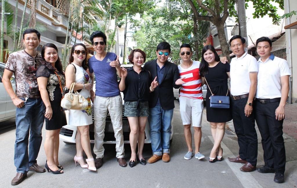 Các nghệ sĩ được đón tiếp nồng nhiệt khi có chuyến lưu diễn tại Lào Cai