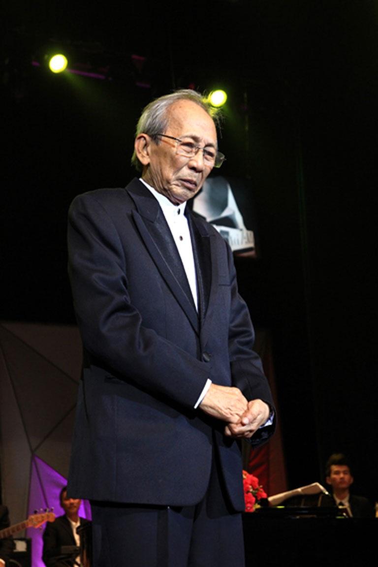 Nhạc sĩ Nguyễn Ánh 9 cảm thấy mất mát cho nền âm nhạc nước nhà khi mất đi nhiều nhạc sĩ gạo cội