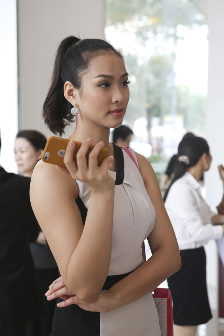Sau những ồn ào từ cuộc thi Hoa hậu, đây là sự kiện hiếm hoi mà người đẹp Vương Thu Phương tham dự