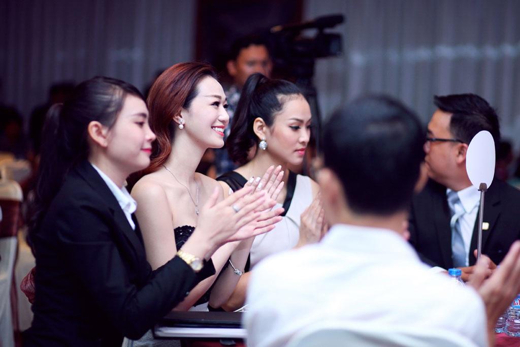 Tại sự kiện, Vương Thu Phương hội ngộ bạn diễn trong bộ phim điện ảnh sắp tới- người đẹp Khánh My