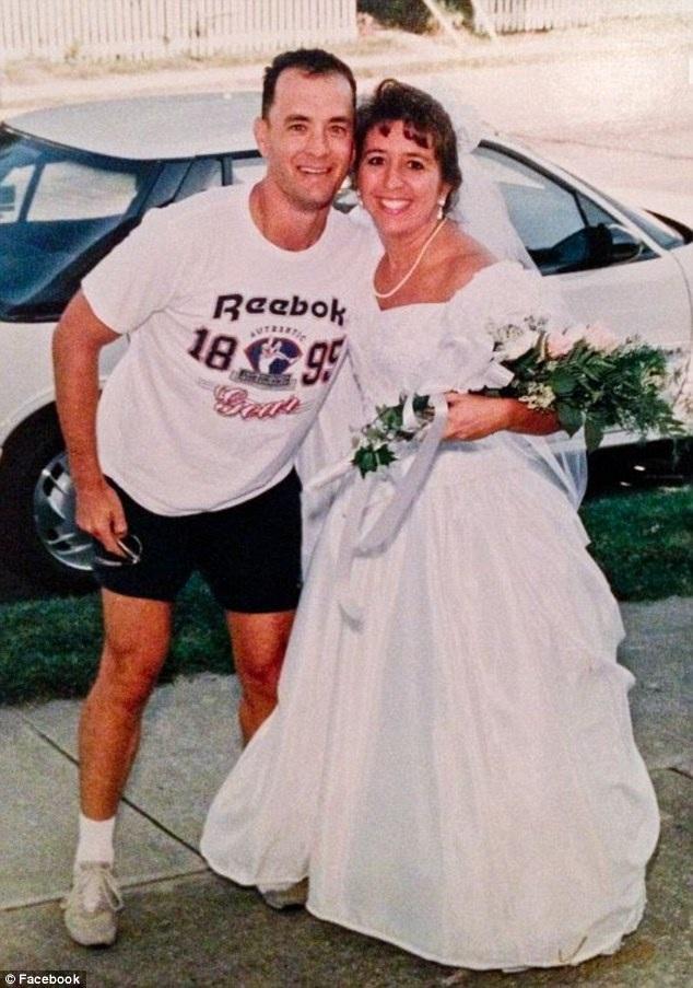 Đang chạy bộ, tài tử Tom Hanks bỗng trở thành chứng nhân hôn lễ - 7