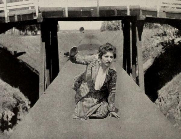 Chuyện về nữ diễn viên phim hành động đầu tiên trong lịch sử - 2