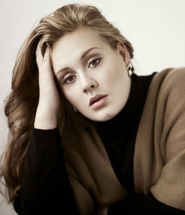 Adele đã sinh cậu con trai Angelo năm 2012.