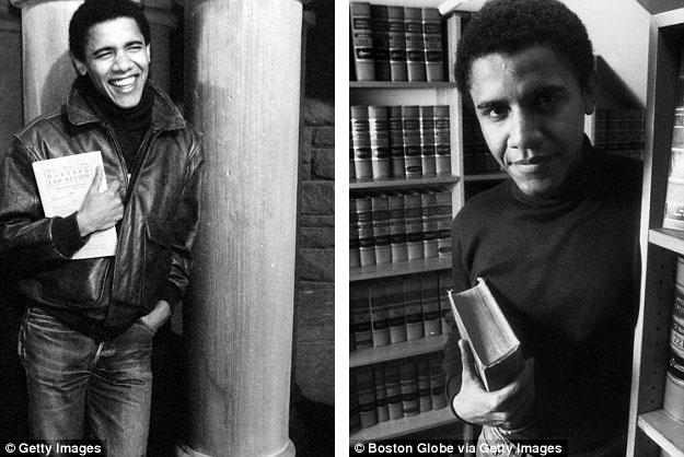 Ông Barack Obama thời trẻ khi đang là sinh viên ở trường Đại học Harvard.