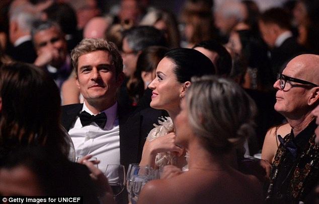 Katy Perry đến dự sự kiện của UNICEF cùng với bạn trai - nam diễn viên Orlando Bloom.