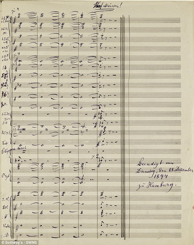 """Bản nhạc được viết tay bởi nhà soạn nhạc người Áo Gustav Mahler được các chuyên gia khẳng định là bản nhạc """"vĩ đại nhất"""" từng được đem ra đấu giá trong vài thập kỷ trở lại đây. Bản nhạc đã vừa được bán với mức giá xác lập kỷ lục thế giới, tương đương 130 tỷ đồng."""