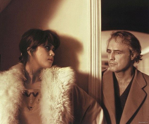 """Hai diễn viên Maria Schneider và Marlon Brando trong phim """"Last Tango in Paris"""""""
